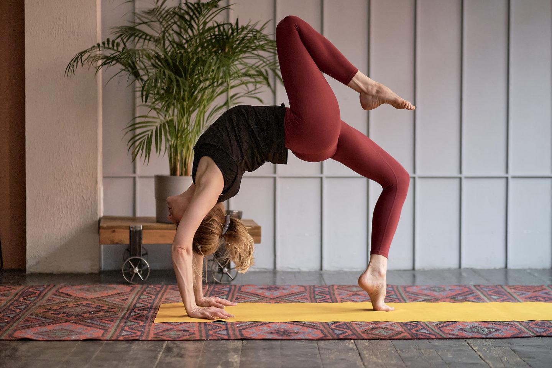 5 tipů na domácí lekce jógy